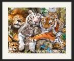 Family of predators, the size of the frame is 65x80 cm. Цена 15 у.е. (Рамка натуральное дерево цвет орех)