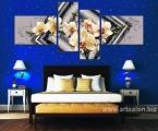 Flowers in the bedroom. Размер 100х210 см Картину можно украсить мелкими стразами