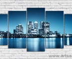 Modular panel night city. The size is 100x200 cm. Модульные декоративные панели МДФ с фотопечатью и покрытием лака. Наши картины легкие, объемные (толщина 2 см) они крепкие и безопасные, в отличии от картин на стекле, которые блестят и имеют дешевый вид, так же стекло хрупкий и опасный материал, картины на пластике тоже дешевая работа, пластик или акрил это химия, в теплое время они выделяют вредные вещества, нет ничего лучше настоящего дерева! Даже самая качественная печать со временем выцветает, она становится бледной, а солнечный свет только ускорит этот процесс. Как правило все призводители печатают на Китайской бумаге, потом делают ламинацию, это быстрый и дешевый способ покрыть печать (вся печать делается на водных чернилах, поэтому делают ламинацию во избежании попадания воды на картину, но эта пленка мутная и картина теряет резкость и яркость) Потом эта бумага бледнеет при попадании на нее солнечного света. (только лак защищает от попадания ультрафиолета) У нас другая печать и технология. Вся наши картины и фото покрываются защитным акриловым лаком, матовым или глянцевым при помощи ультрасовременного распылителя которым лакируют дорогие авто или мебель, поэтому наши картины яркие резкие не боятся влаги, можно протирать. Из-за отсутствия блеска матовые картины выглядят более сдержанно и очень солидно. Вот что пишет дизайнер из компании Apple. Я больше предпочитаю матовые картины, глянец категорически неприемлю, мой выбор обусловлен тем, что глянцевые картины бликуют при свете, и на них смотришь как в зеркало, где видно только твое изображение. Матовые картины можно смотреть независимо от того как и откуда свет падает на нее.