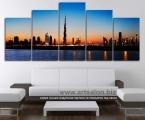 Panorama of Dubai, size 100 x 220 cm. Цена 50 у.е. Наши модульные картины и фото сделаны на панелях МДФ они легкие, объемные (толщина 2 см. по краям брусок, внутри модули полые и легкие) они крепкие и безопасные в отличии от картин на стекле (стекло тонкое, тяжелое, картины блестят и имеют дешевый вид, так же стекло это хрупкий и опасный материал) на стекле делают потому что это дешево и быстро (на кусок стекла просто клеют Китайскую самоклейку) наши модули делать сложно, нужны специалисты по мебельной работе и станки. Картины на орг стекле и акриле тоже имеют свои минусы, они мутнеют со временем и выделяют вредные вещества в теплое время. Даже самая качественная печать со временем выцветает, она становится бледной, а солнечный свет только ускорит этот процесс, поэтому наши картины покрываются защитным лаком, другие производители после печати делают ламинацию (эта пленка делает картину не резкой и не защищает от солнечного света) Наши картины и фото всегда яркие, резкие не боятся воды и долгие годы будут радовать вас. Из-за отсутствия блеска матовые картины выглядят более сдержанно и очень солидно. (Вот что пишет дизайнер из компании Apple, я больше предпочитаю матовые картины, глянец и стекло категорически не приемлю, мой выбор обусловлен тем, что глянцевые картины дают сильные блики и на них смотришь как в зеркало, где видно помещение и твое изображение, матовые картины можно смотреть независимо от того как и откуда свет падает на нее)