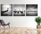 Black and white Photo Venice-60x60-sm-3-panel-super-art-modern-decor-Italy Картины фото и постеры можно оформить в рамки из натурального дерева, тонкие хай тек, строгие прямые или фигурный багет, цвета любые. Можно сделать печать на холсте (холст натягивается на подрамник и вставляется в рамку, второй вариант, холст натягивается на подрамик, края загибаются и так картина вешается на стену, вариант планшет- это вид легкой мебельной плиты, толщина 20 мм (оригинальный вид когда фон натуральное дерево и на нем изображение) Любые фото можно сделать как модульное панно, после печати все работы покрываются защитным лаком (картина без лака со временем выцветает и тускнеет, лак защищает от воздействия солнца, яркого света и ультрафиолета) Картины можно украсить стразами, вы так же можете заказать картины красками ручной работы. Наши работы выглядят красиво и солидно, они не такие опасные как картины на стекле (стекло тонкое, тяжелое, имеет дешевый вид, сильно блестит, дает отражения как в зеркале, там видны сильные блики, тени, отражение света, детали на картине плохо видны и надо помнить, что стекло это хрупкий и опасный материал!) пишите нам artpost@bk.ru Telegram, WhatsApp (99890) 975-10-05